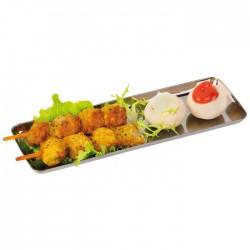 Assiette rectangulaire de couleur argent